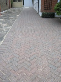 Driveway Block Paving Cleaning Service image
